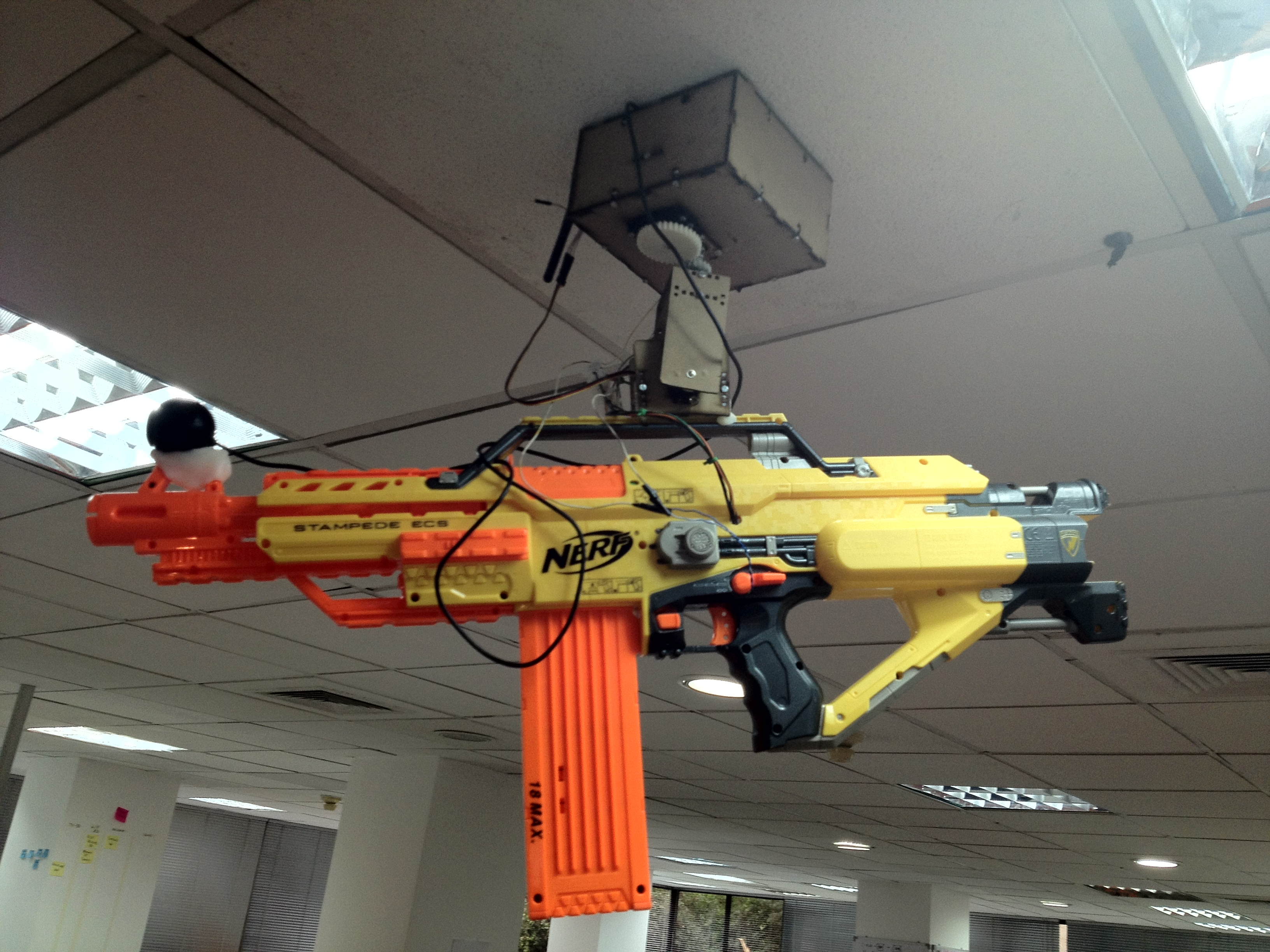 nerf mounted machine gun
