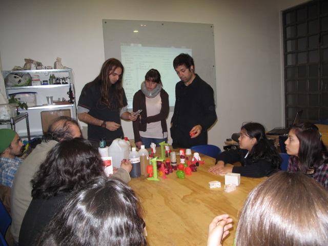 Juguetes En Microtaller Makerspace Con De Resina VivoStgo OwPkiuXTZl
